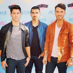 Jonas Brothers :)