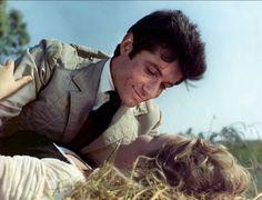 George Chakiris and Marina Vlady in Il ladro della Gioconda directed by Michel Deville, 1966