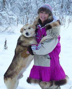 DeeDee Jonrowe, the sweetheart of the Iditarod!! She came in 12th place in 2011!! Go DeeDee!! Fashion Mag, Big Fashion, Alaskan Dog, Yukon Quest, Miss Alaska, Moving To Alaska, Dee Dee, Outdoor Outfit, People Around The World