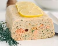 Fish flan: discover the cooking recipes of Femme Actuelle Le MAG - Seafood Recipes Crockpot Recipes, Cooking Recipes, Healthy Recipes, Smoked Salmon Terrine, Best Party Appetizers, Food Tags, Fish And Seafood, Seafood Recipes, Love Food