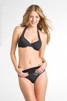Elizabeth van Tergouw for Wehkamp lingerie collection (Winter 2012) photo shoot
