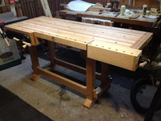 Workbench built by Carsten B. Tool Workbench, Workbench Designs, Woodworking Workbench, Fine Woodworking, Woodworking Projects, Diy Projects, Woodworking Inspiration, Workshop Storage, Wood Tools