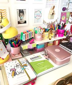 Workspace idea for Etsy sellers, artists, makers and handmade shop owners. College School Supplies, School Supplies Organization, Cute School Supplies, Desk Organization, Study Room Decor, Study Rooms, Study Desk, Locker Decorations, Cute Stationery