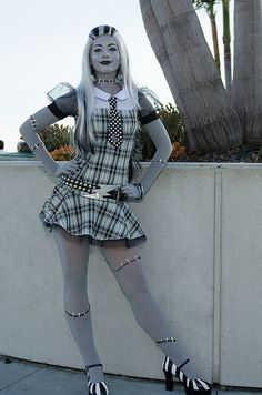 Frankie Stein #SDCC2012  #CosplayDoneRight #Cosplay by Bitspitter, via Flickr