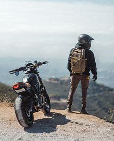 Ducati Scrambler, Moto Bike, Cafe Racer Motorcycle, Bobber, Motorcycle Camping, Womens Motorcycle Helmets, Motorcycle Girls, Motorbike Photos, Bike Photoshoot