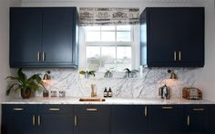 Farrow & Ball Hague Blue kitchen cabinets with brass accents and grey marble. Woodwork is Farrow & Ball All White. Hague Blue Kitchen, Blue Kitchen Cabinets, Kitchen Tiles, Kitchen Flooring, Kitchen Furniture, Kitchen Decor, Brass Kitchen, Grey Cabinets, Kitchen Pendants