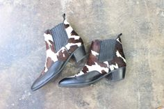 Cowhide Ankle Boots / Vintage Leather Shoes / by SouthwestVintage, $97.00