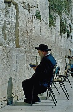 https://flic.kr/p/719mX5 | Western Wall | Praying at the Western Wall (© Israel Ministry of Tourism)