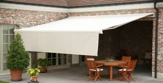 The and Prestige awnings are perfect for adding extra shading and privacy to your garden: available width up to and a maximum projection of Outdoor Decor, Patio Room, House Awnings, Home Room Design, Screened In Patio, Yard Design, Outdoor Living Deck, Outdoor Living, Apartment Balcony Decorating