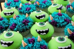 Monsters Inc - Monsters University - Sulley & Mike Wazowski Cupcakes