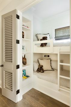 Cottage boys bedroom with built-in bunk beds| Beth Webb Interiors