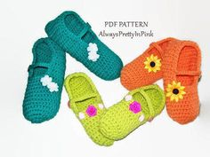 Very quick and easy to follow pattern for the cutest ballet slippers with straps. Decorate them as you would like, make them for everyone, generally under an hour to make a pair. These little shoes make a great gift to wrap and put under the tree. They are fun to make and decorate.  Sizes Childs 6-9 Childs 10-14 Adult 6-9