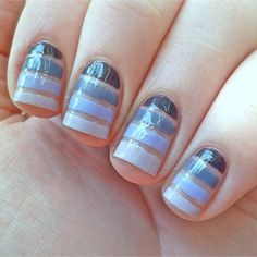Bare nail with stripes. So pretty and simple!