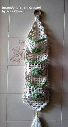 dantel çiçek işlemeli duvar süsü