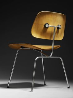 """#Eames Molded Plywood DCM one of the focus points of the new Victoria and Albert Museum """"Plywood"""" Show!"""
