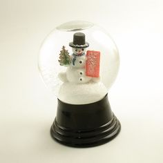Vintage Christmas Snowglobe with Snowman Snow Globe by efinegifts. , via Etsy.