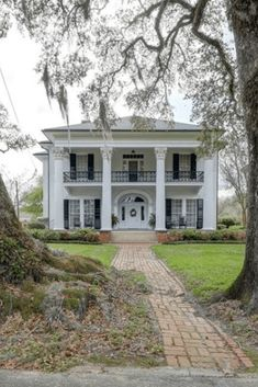 #oldhouse #greekrevival CLICK PIC FOR MORE PHOTOS OF THIS 1857 Greek Revival For Sale In Franklin Louisiana