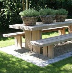 simple, yet inviting . picnic table w/ baskets of greenery Outdoor Rooms, Outdoor Dining, Outdoor Tables, Outdoor Gardens, Outdoor Decor, Picnic Tables, Picnic Area, Dining Area, Garden Furniture
