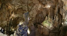 Cuevas del Canelobre is an amazing cave of Bussot. #Alicante #Spain