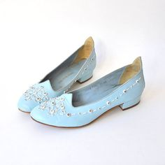 1960s leather saks fifth avenue flats - $55.00