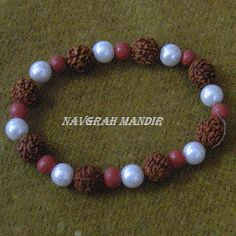 Rudraksha Moti Pearl Bracelet strengthen the horoscope of a person whose moon's position is weak