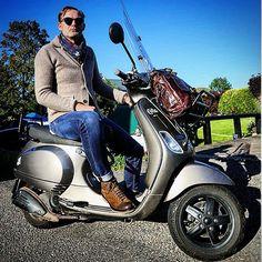 #zanone#slowear#glanshirt#drakesoflondon#scarves#jeans#jacobcohenjeans#sprezzatura#dougal#boots#relaxing#italy#italianstyle#mensweardaily#gqstylehunt#pictureoftheday #roy_gijsbers#lutz1904