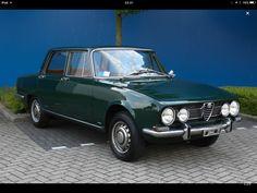 Alfa Romeo 1750 Berlina, 1968, Verde Muschio Chiaro.
