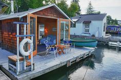 Floating home, Seattle
