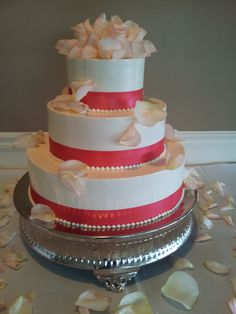 Show special in pinks www.weddingsbyholiday.com
