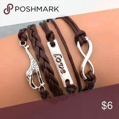 Giraffe love Infinity bracelet Very adorable giraffe love infinity bracelet. 100% new without tags! Jewelry Bracelets