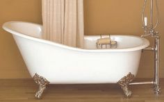 Slipper tubs are among the most relaxing and stylish. Find your perfect slipper tub right here. Antique Bathtub, Clawfoot Bathtub, White Bathroom, Master Bathroom, Cheap Bathtubs, Bath Tube, Vintage Tub, Vintage Style, Log Home Decorating