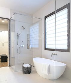 Small Bathroom Design Ideas Recommended For You. You can live large in a small bathroom. The right materials, fixtures, and fittings are key to a successfulsmall bathroom design. Closet Interior, Bathroom Interior, Bathroom Furniture, Bad Inspiration, Bathroom Inspiration, Bathroom Ideas, Bathroom Organization, Shower Bathroom, Bathroom Mirrors
