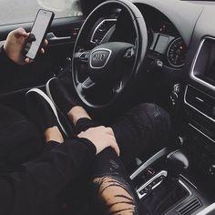 Relationship goals future couple pictures, couple in car y luxury couple. Relationship Goals Pictures, Cute Relationships, Couple Relationship, Relationship Drawings, Boyfriend Goals, Future Boyfriend, Couple In Car, Rich Couple, Travel Couple