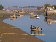 Indus River, Sukkur, province of Sind, Pakistan.