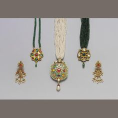 An Indian gem-set turquoise, enamel and gold Necklace