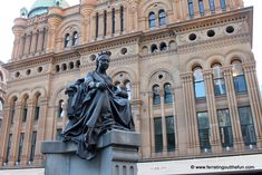 10 Fun Things To Do in Sydney, Australia - Ferreting Out the Fun Victoria Building, Queen Victoria, Sydney Australia, Statue Of Liberty, Stuff To Do, Things To Do, Spain, Bucket, Travel