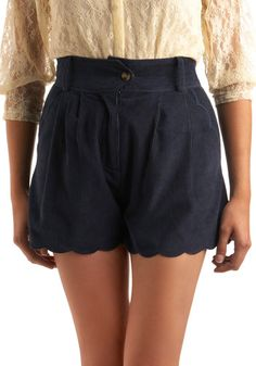I'm going to be pairing a lot of this style of short with tights for the fall.