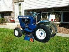Lawn Tractors, Lawn Mower Tractor, Ford Tractors, Farm Gardens, Outdoor Gardens, Outdoor Tools, Lawn And Garden, Outdoor Power Equipment, Mini