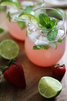 Strawberry Rhubarb Mint Mojitos - naturally sweetened and refreshing! #recipe #cocktail