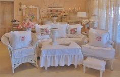 Awesome *  Romancing The Rose Studio