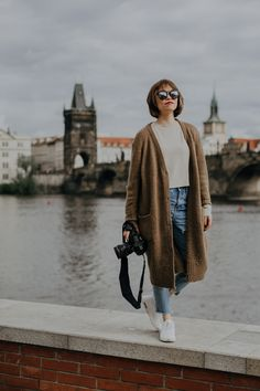 For unforgettable moments, Prague New Business Ideas, Short Trip, Photo Location, Friends Forever, Solo Travel, Prague, Soloing, Cool Photos, Travel Alone