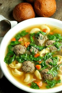 Tortellini Meatball Soup from Bunny's Warm Oven- Host Favorites Best Potato Soup, Creamy Potato Soup, Best Soup Recipes, Healthy Recipes, Favorite Recipes, Cheesy Broccoli Soup, Crockpot, Bacon, Meatball Soup