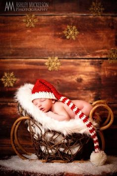 Baby Crochet Hat Stocking Pompon Pattern Photography 2014 Christmas - Christmas Gifts, Wood Basket, Gold Snowflake