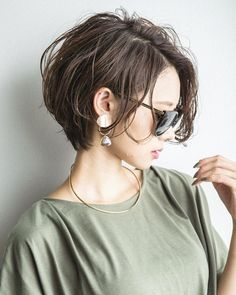 Asian Short Hair, Girl Short Hair, Short Hair Cuts For Women, Girls Short Haircuts, Short Bob Hairstyles, Pretty Hairstyles, Hair Color And Cut, Cut My Hair, Medium Hair Styles