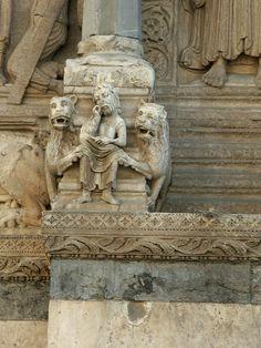 Saint Trophime, Arles, France