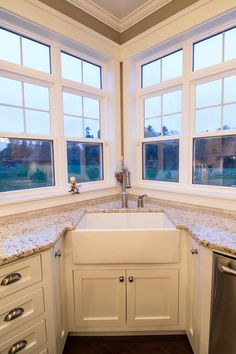 Corner Apron Sink : ... Corner Sink Ideas on Pinterest Corner sink, Corner kitchen sinks and