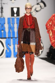 Anna sui, rtw fall 12, Ok it looks crazy, but somehow it looks put together well...