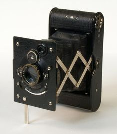 Vest Pocket Autographic Spécial. Modèle haut de gamme équipé d'un Tessar sur Compur. 1926 © National Media Museum, Bradford / SSPL. Creative Commons BY-NC-SA