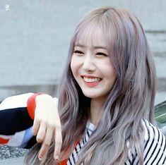 SinB Extended Play, Sinb Gfriend, Girl Korea, G Friend, Meme Faces, Korean Girl, Kpop Girls, Long Hair Styles, Beauty