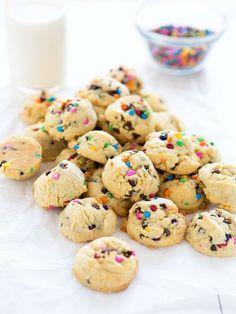 Rainbow Chip CookiesReally nice recipes. Every hour.Show me what  Blog: Alles rund um die Themen Genuss & Geschmack  Kochen Backen Braten Vorspeisen Hauptgerichte und Desserts #hashtag